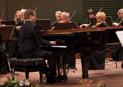 Matthias Manasi  performing Beethoven's Piano Concerto No. 0 with the Liepaja Symphony Orchestra at the Great Amber Concert Hall in Liepaja on March 5, 2016 in Liepaja, Latvia. Photo © Mārtiņš Sīlis